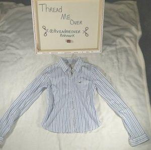 Hollister button down long sleeve shirt (M)